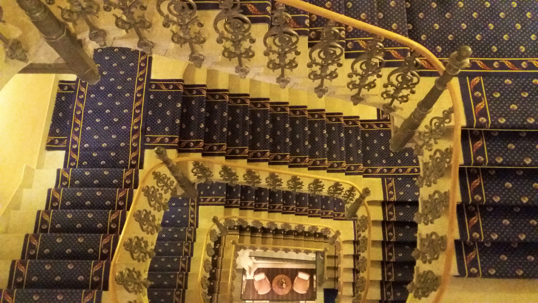 Grand Hotel Kronenhof interior