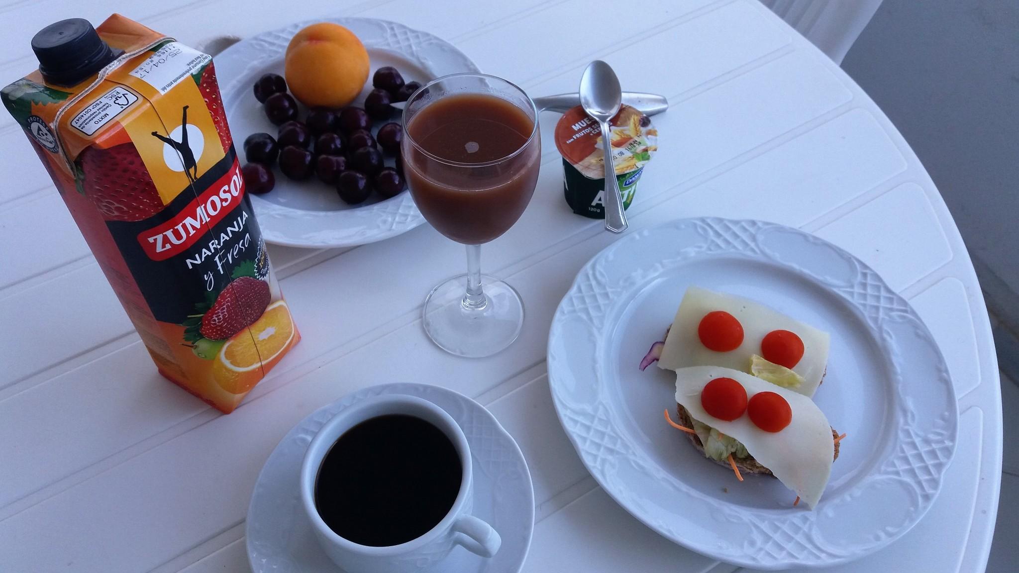 Lomaosake aamiainen