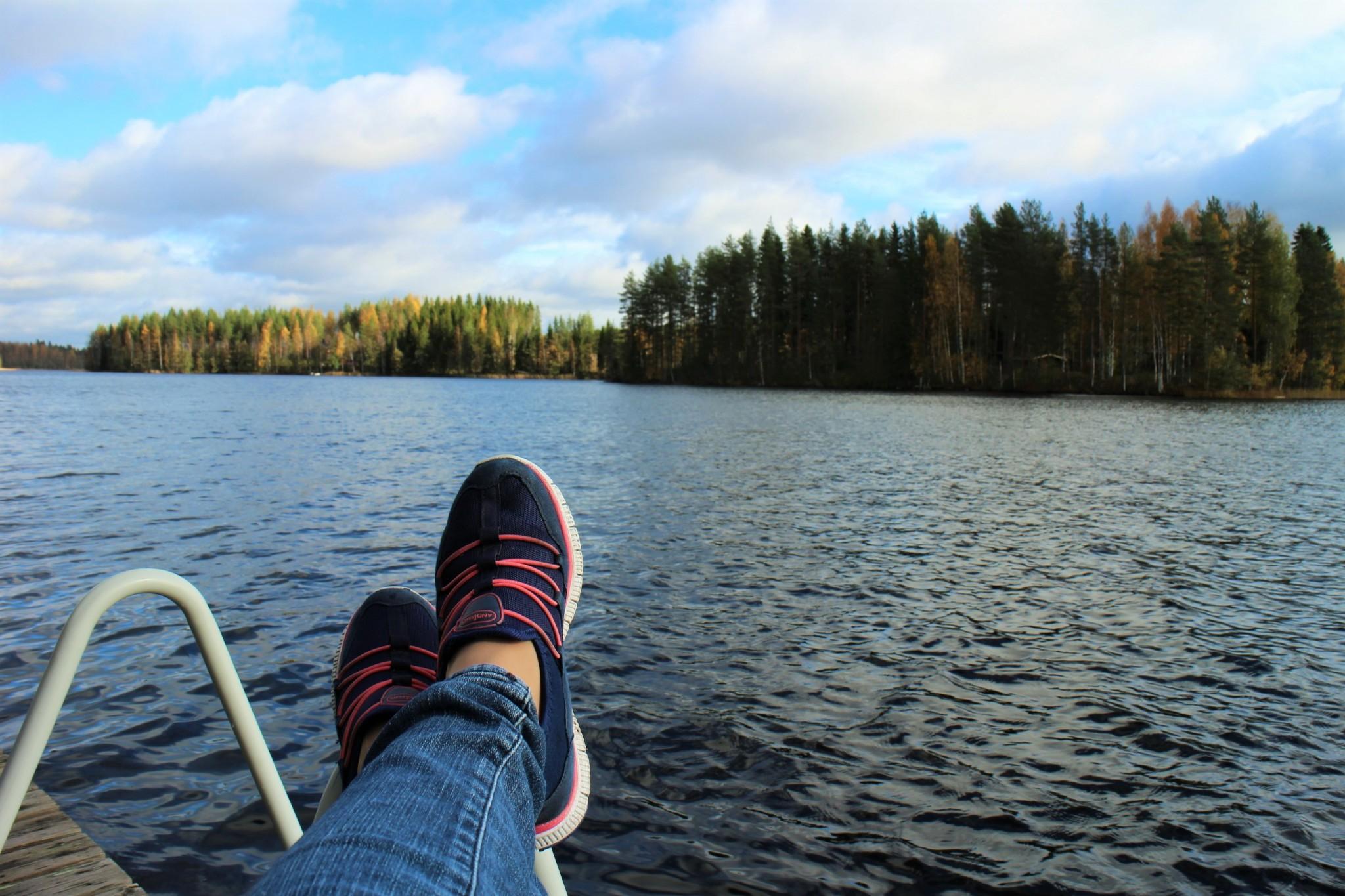 Mökillä järvimaisema