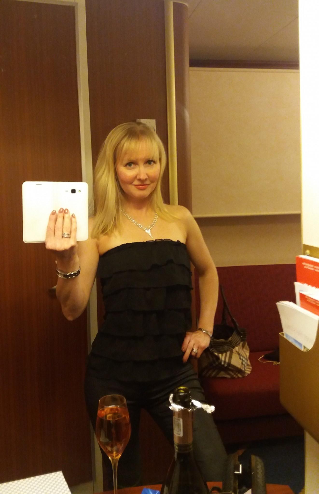 Mariella Retroristeily Kthetraveller selfie