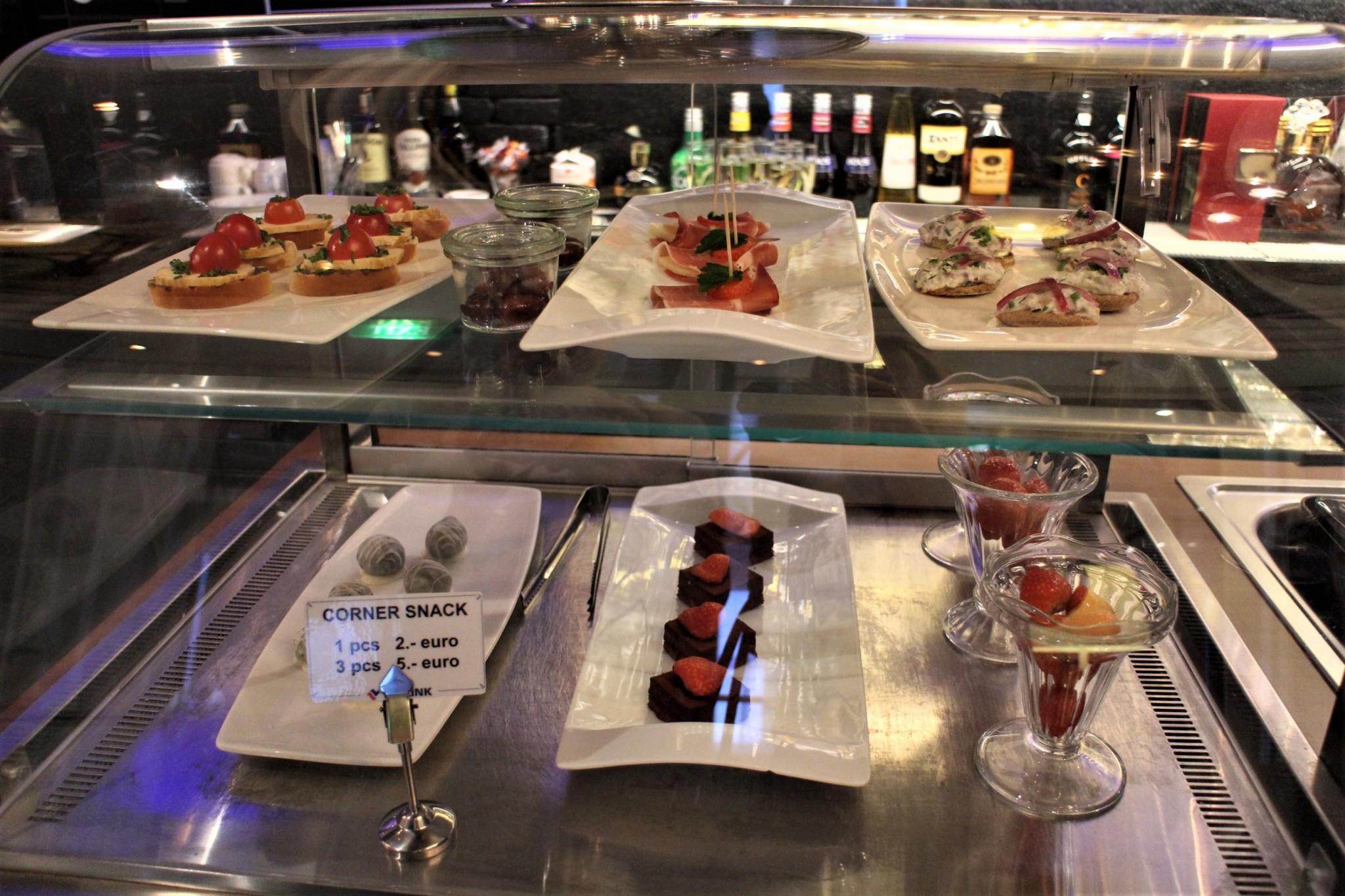 Silja Europa Corner Bar snacks