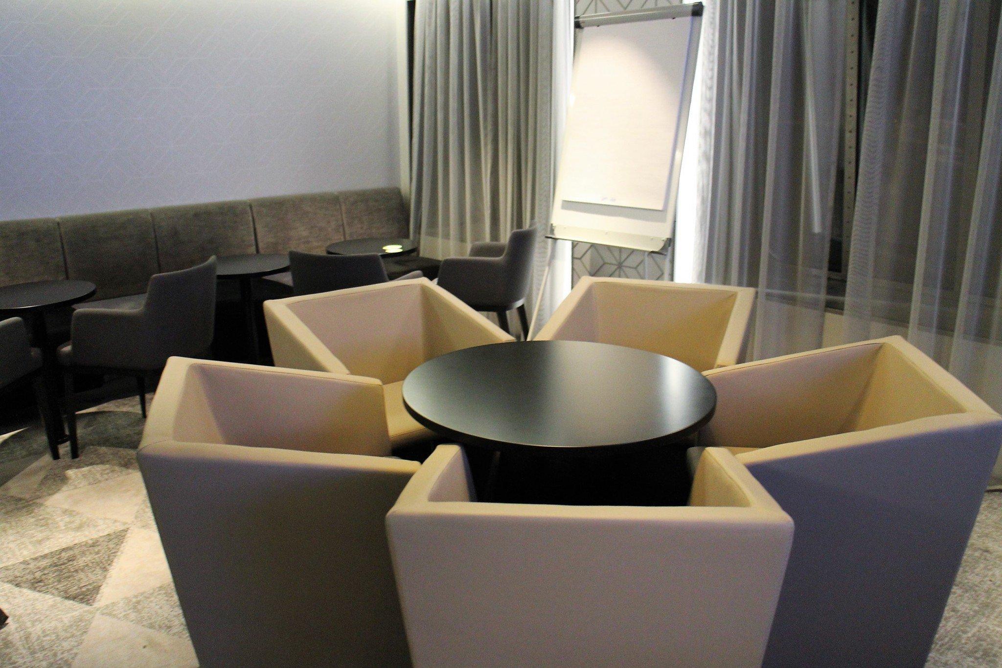 Megastar Comfort Lounge ryhmätyötila