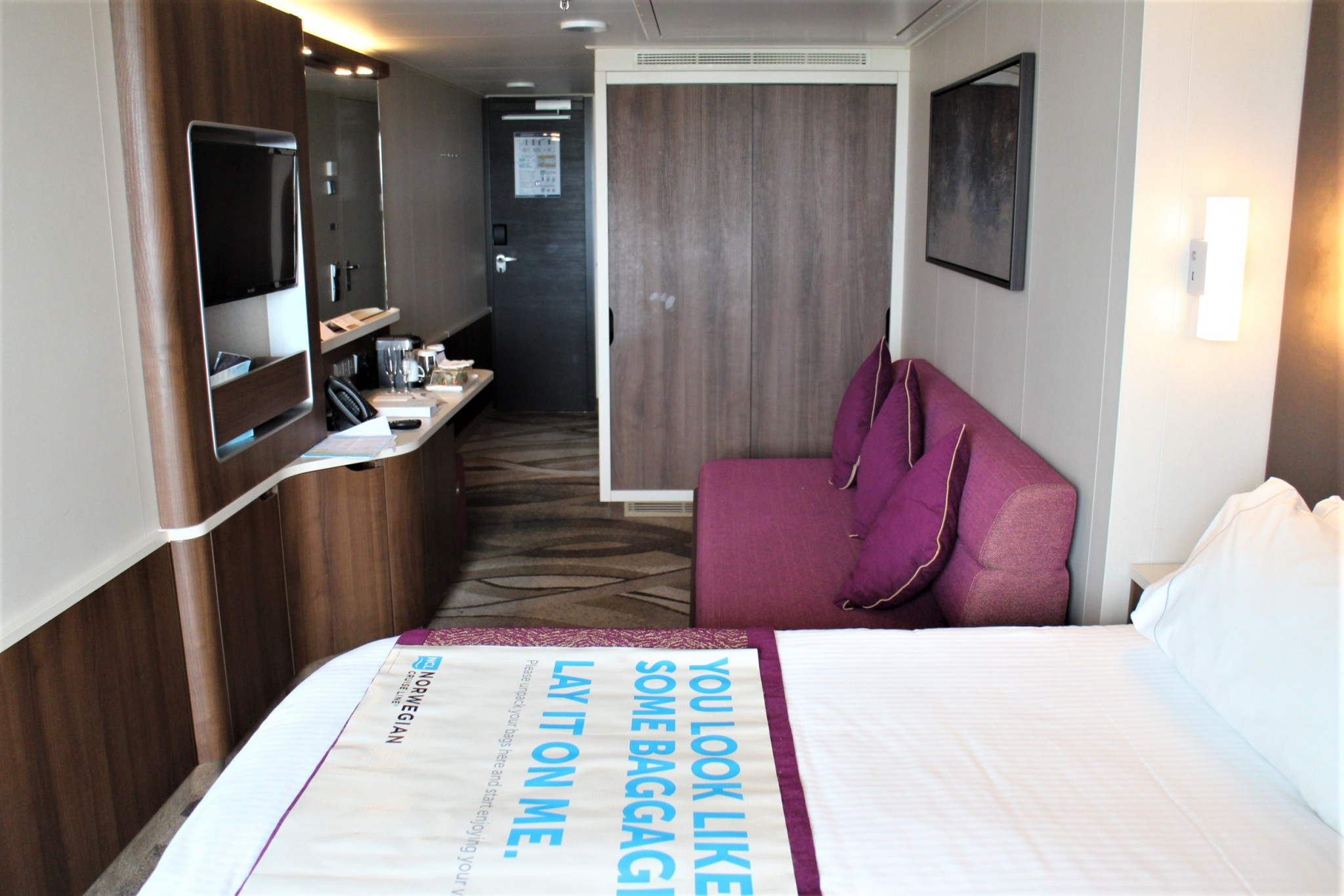 Norwegian Escape Mini-Suite
