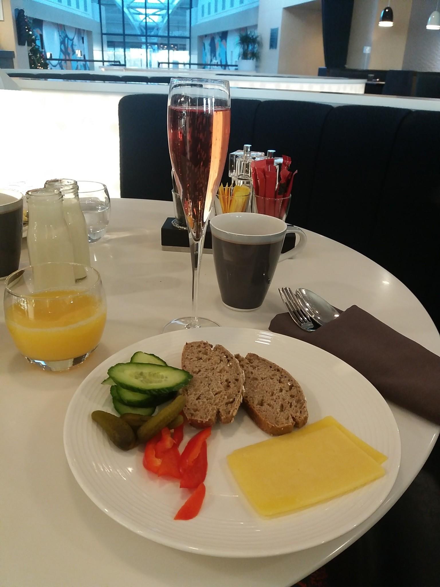 Radisson Blu Manchester Airport Breakfast