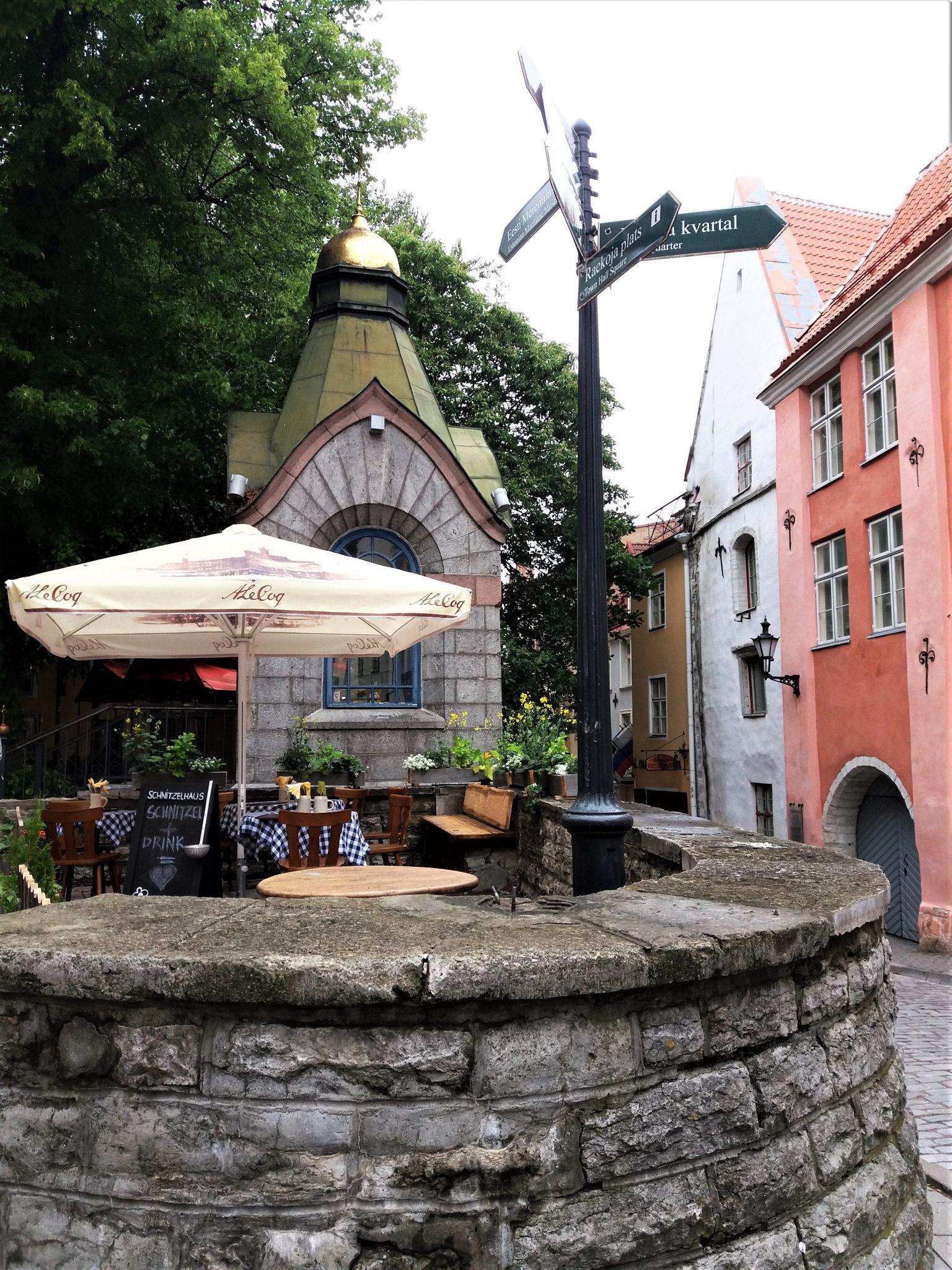 Edullinen Ravintola Tallinna Vanhakaupunki