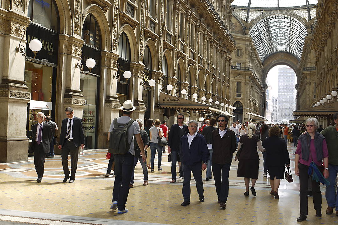 Milano Käsilaukku : Milano l?ht?portti