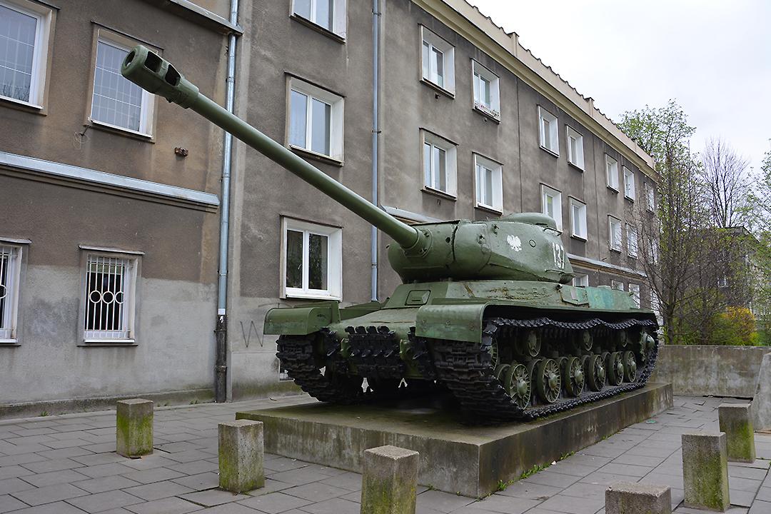 Tankki, Nowa Huta