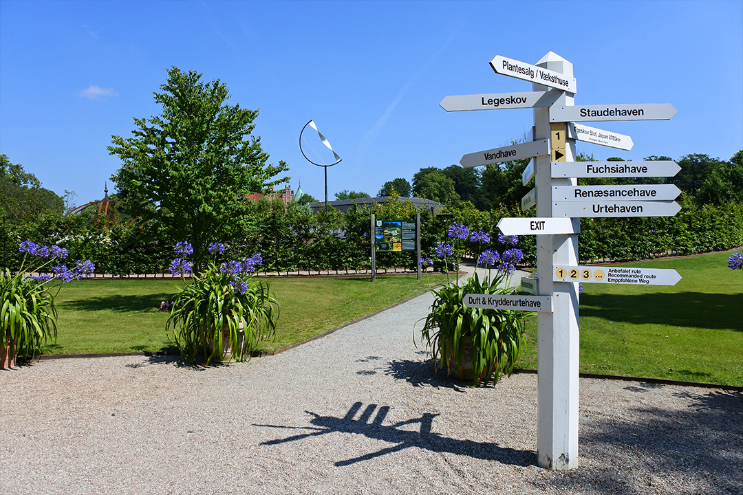Egeskovin linnan puutarha