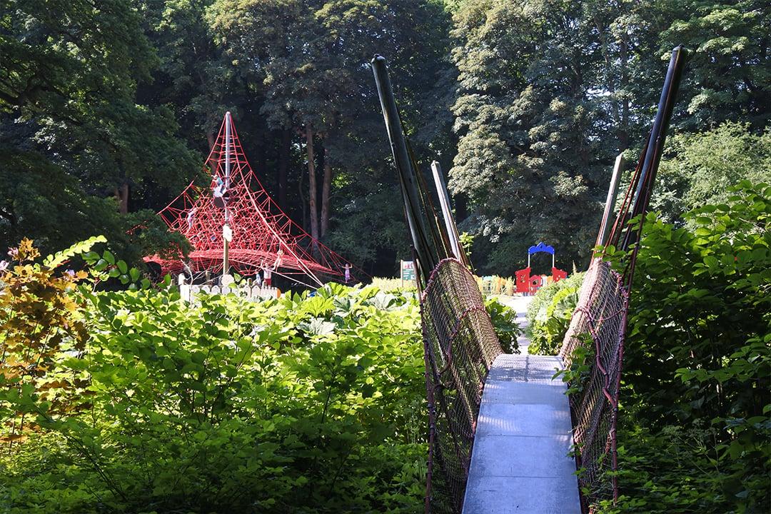 Egeskovin linnan leikkipuisto