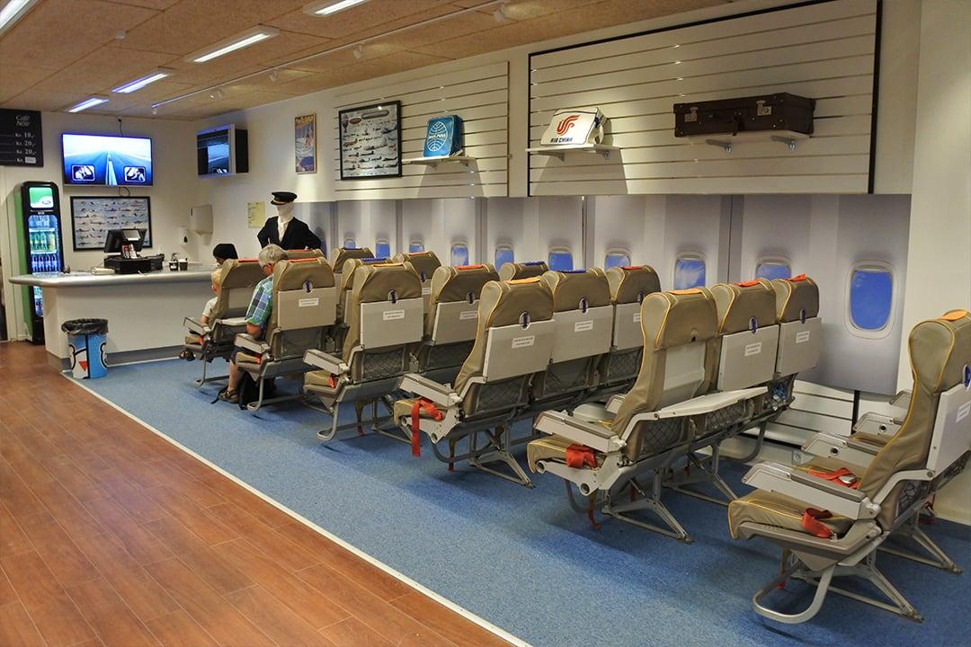 Egeskovin museoiden lentokoneaiheinen kahvila