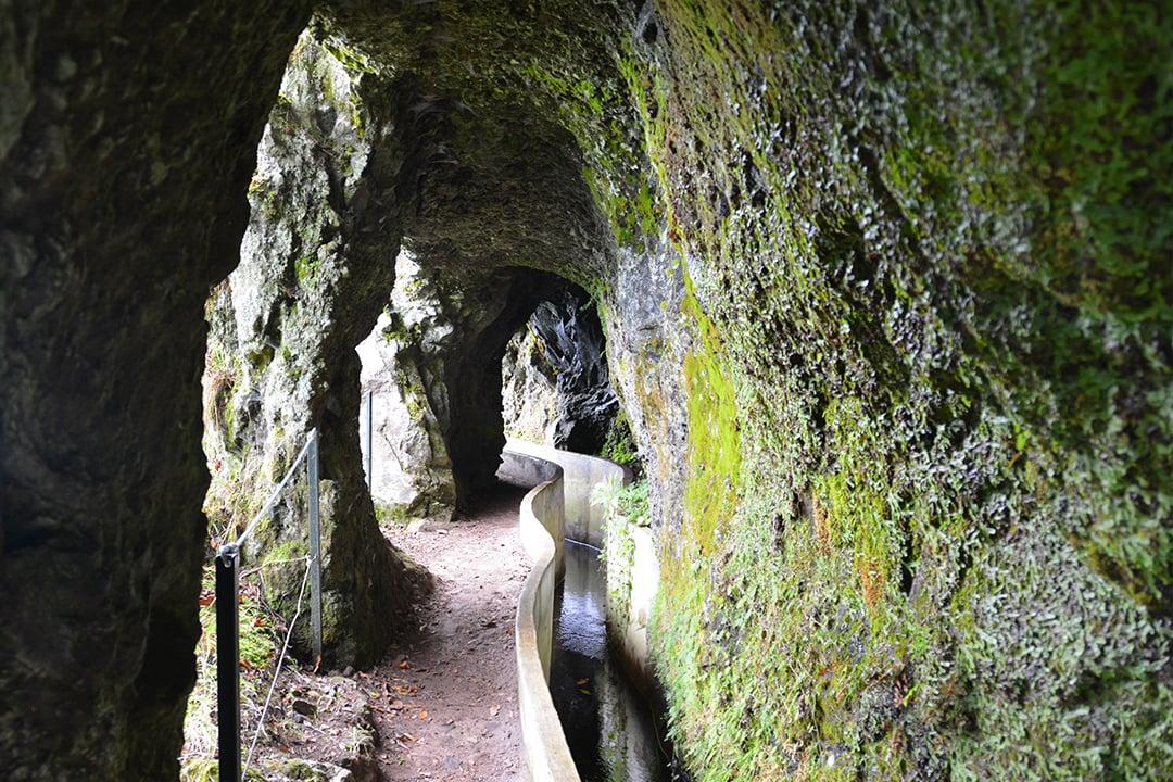 Levada do Furadon tunneleita