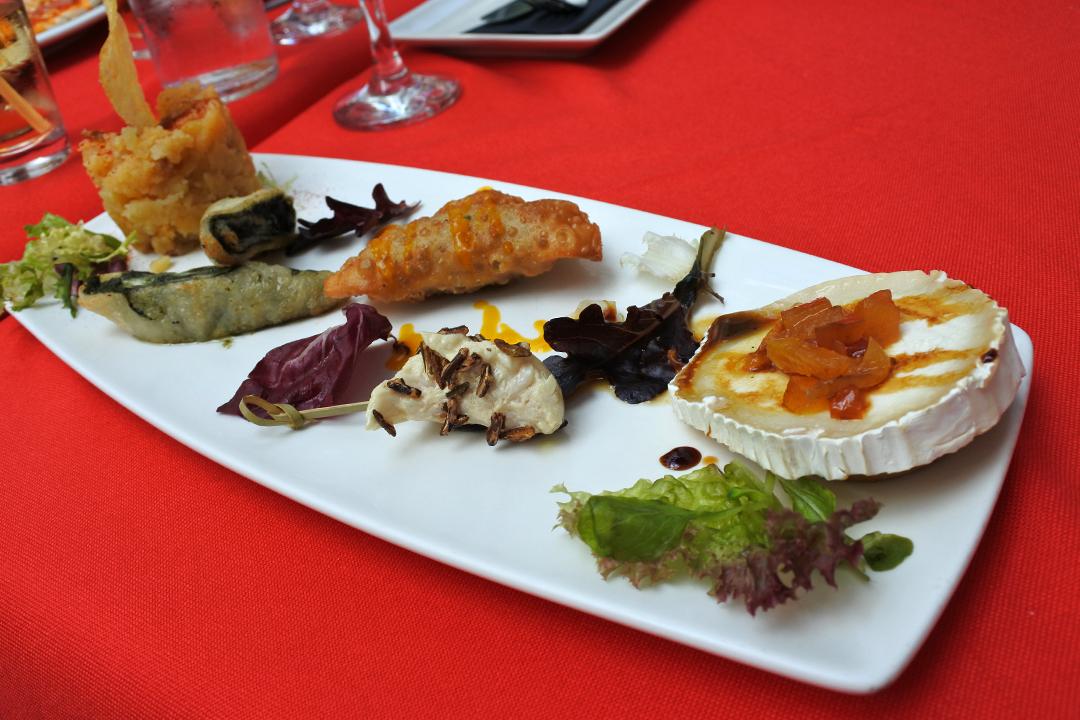 Marbella Patio -ravintolan tapaksia