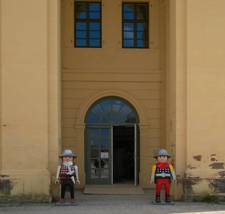 Linnoituksella oli Playmobil-näyttely meidän siellä vieraillessamme.