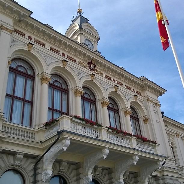 Tampere City Hall, Rathaus, raatihuone. #tampere #cityhall #rathaus #raatihuone #thisistampere #tampereistschön #thisisfinland #kaupunkiloma #matkablogi #lempipaikkojani #tampereenkeskusta #kotimaassa #suomiloma #suomiretki #igTravelThursday