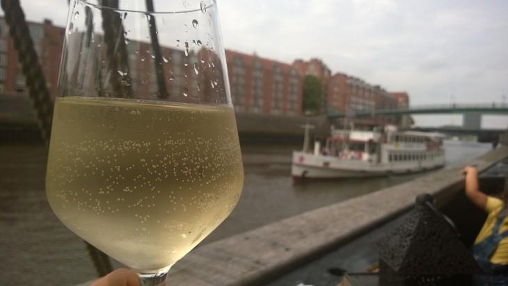 bremen_ravintolalaiva_viini