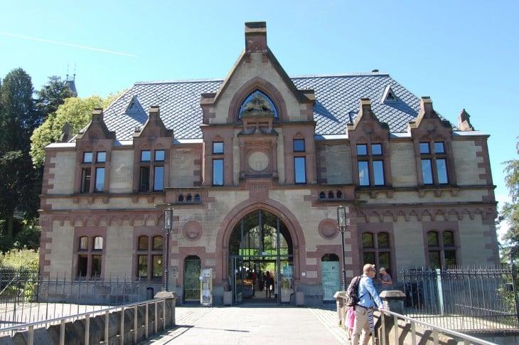 drachenburg_sisäänkäynti