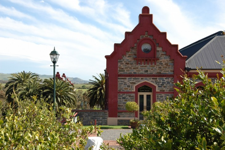 Château Tanunda on Australian vanhin ja suurin viinilinna. Ensimmäiset viiniköynnökset on istutettu jo vuonna 1840.