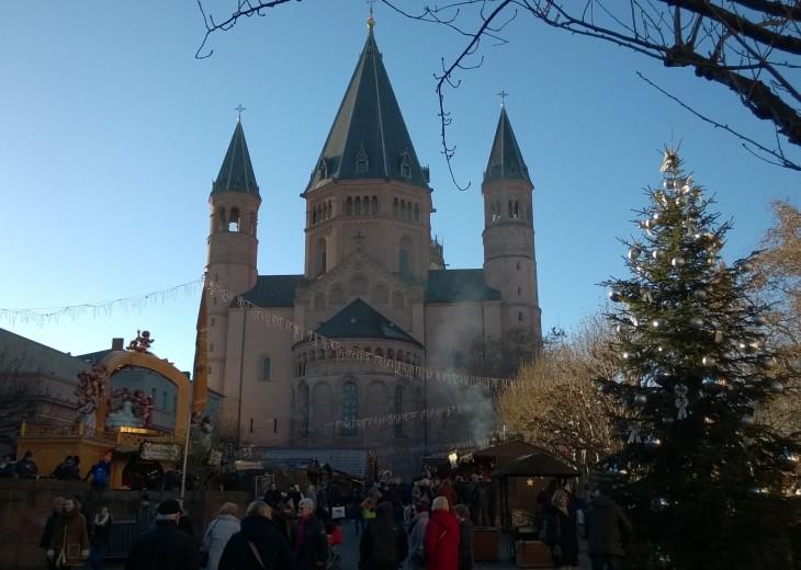 joulumarkkinat saksan mainzissa