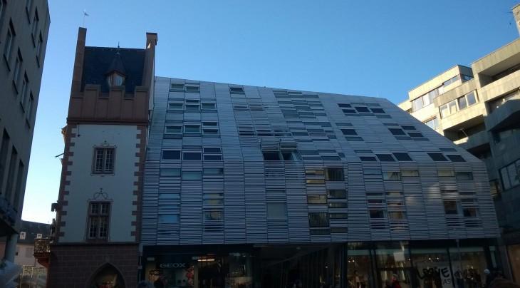 Mainz on sekoitus perinnerakentamista ja modernia nynyaikaista kaupunkia.