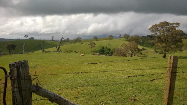 myrsky nousee maaseudulla australiassa
