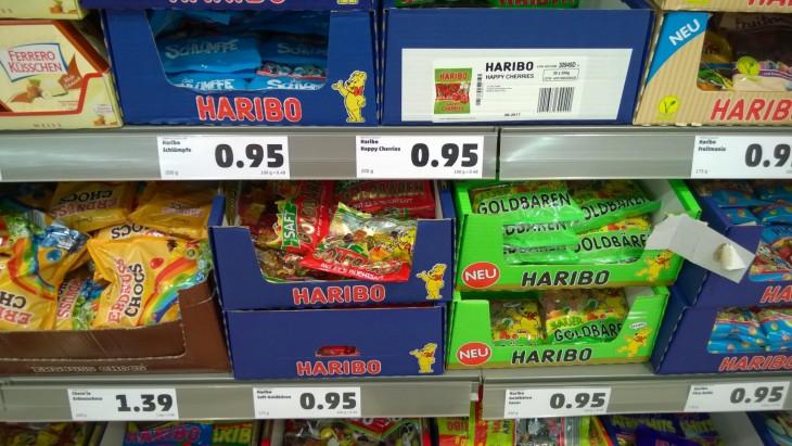 haribo_vallannut_karkkihyllyt