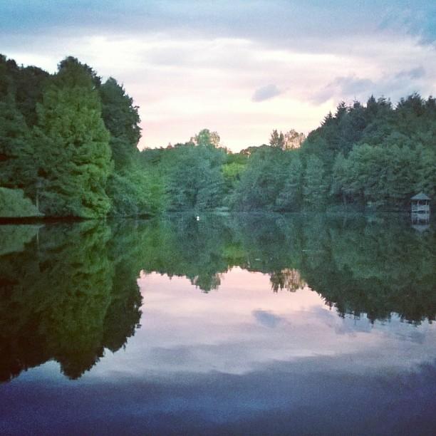 Iltalenkkimaisema myneighbourhood bergischgladbach meindeutschland Sonnenuntergang Natur see Wald naturephotography beautyofnaturehellip