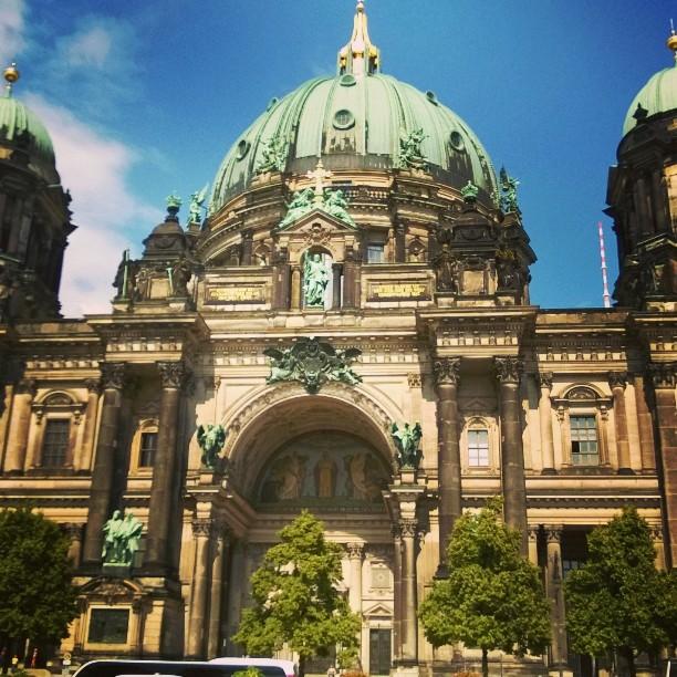 Gre aus Berlin! Berlin berliini Hauptstadt visitgermany matkablogi rantapallomaailmalla palloblogithellip