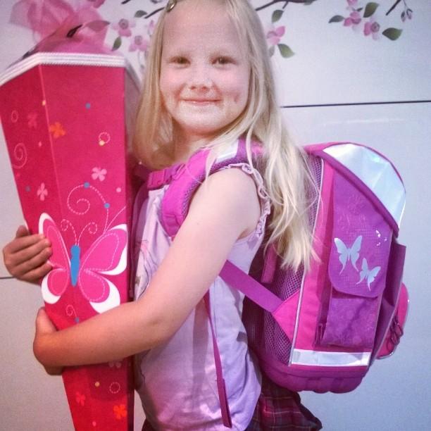 Vihdoinkin koulu alkoi! Blogissa lempipaikkojani tarkemmin juttua saksalaisesta koulunaloitusperinteest kotisaksassahellip