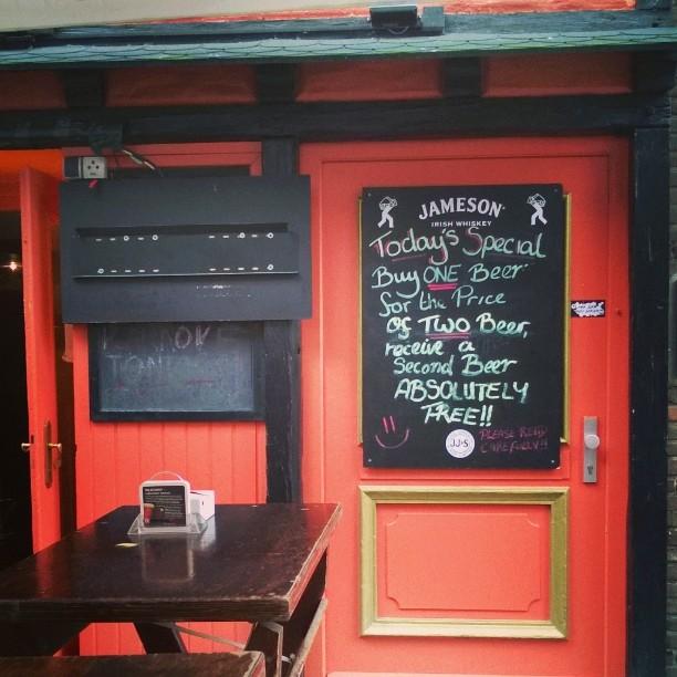 Humor from Dsseldorf DE Dsseldorf altstadt pub visitduesseldorf thisisgermany germanviewhellip