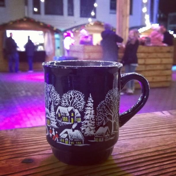 Pienemmill joulumarkkinoilla on vljemp mutta tunnelma silti hyvinkin kohdillaan bergischgladbachhellip