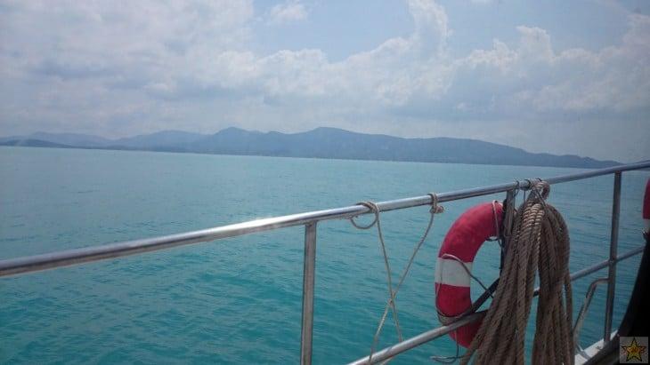 Matkalla Koh Phanganilta Koh Samuille.