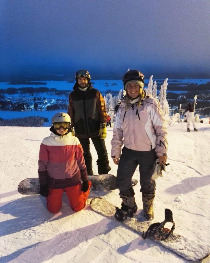 10YRS NO SNOWBOARDIN SURVIVED