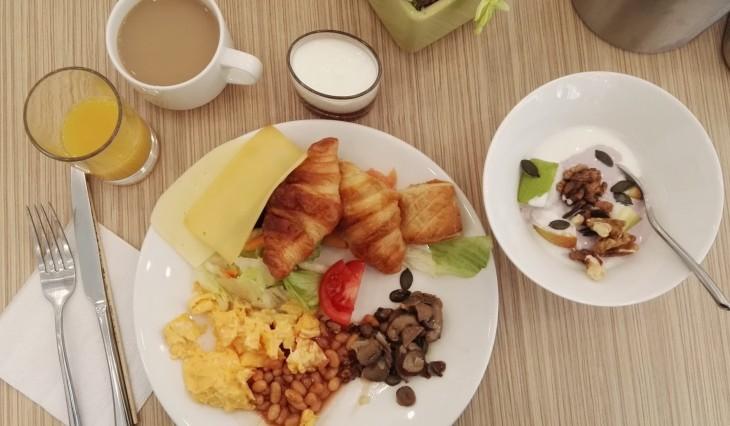 bo33 aamiainen