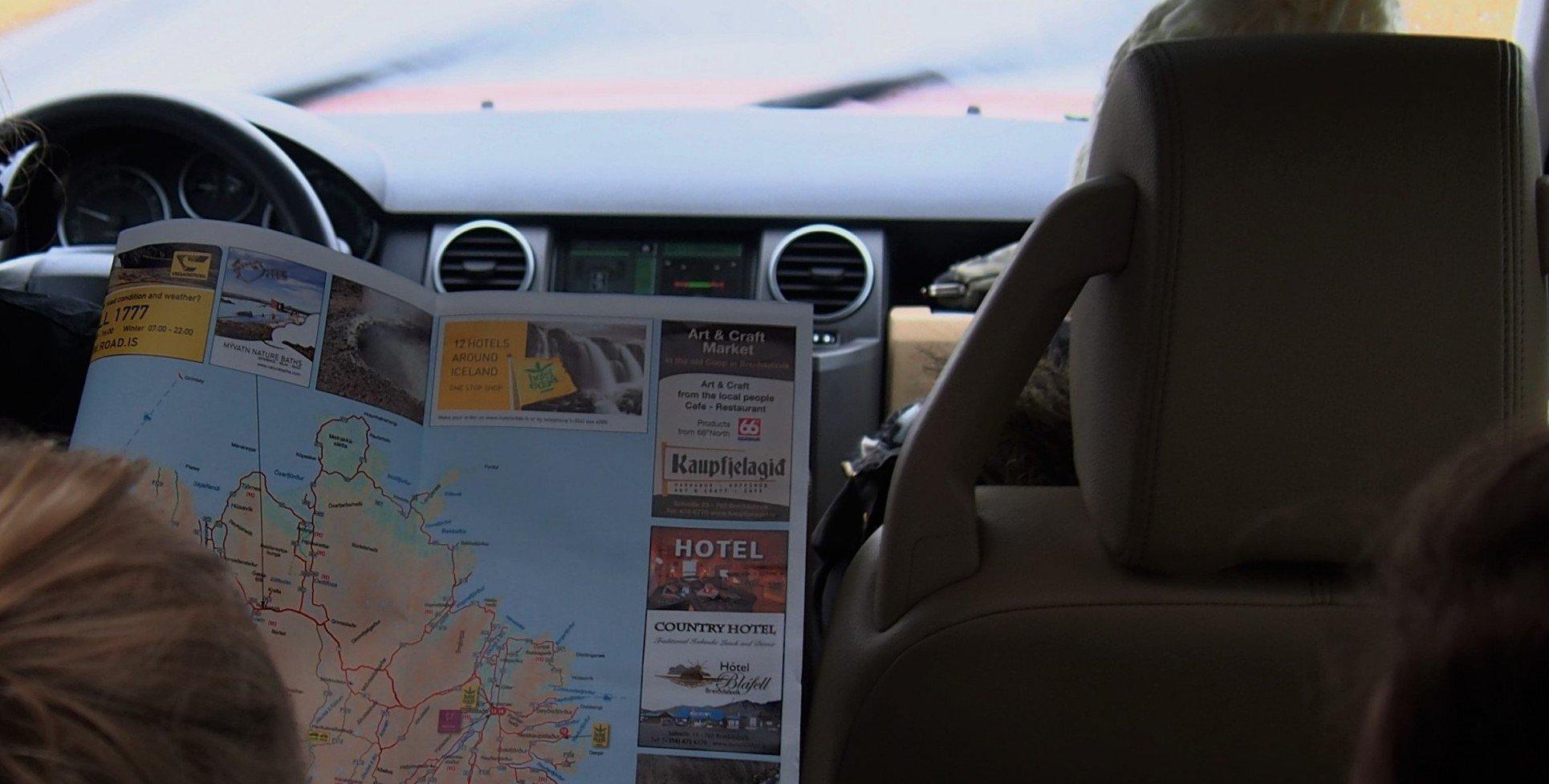 Islanti autossa