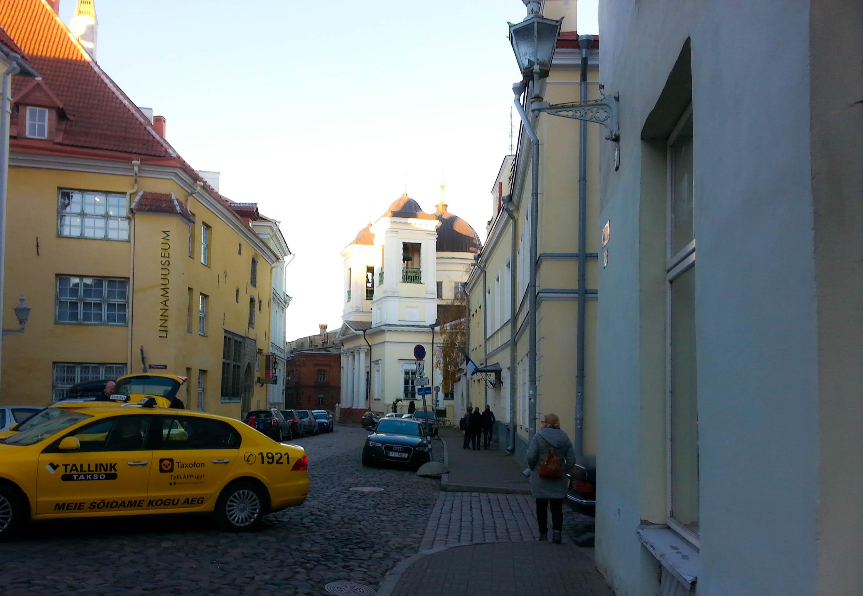 Tallinnan vanhan kaupungin kaduilta