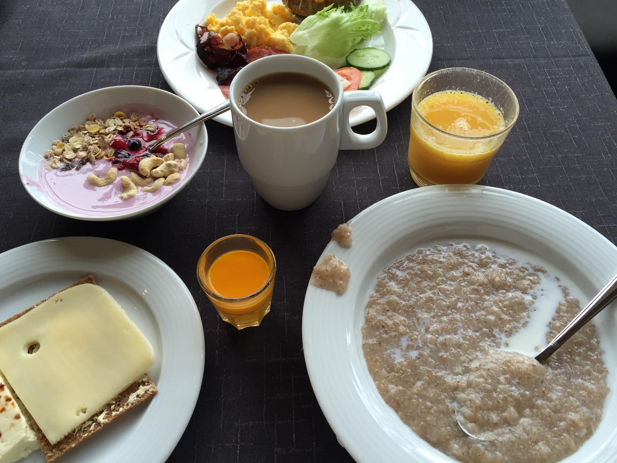 Solo Sokos Hotel Torni aamiainen