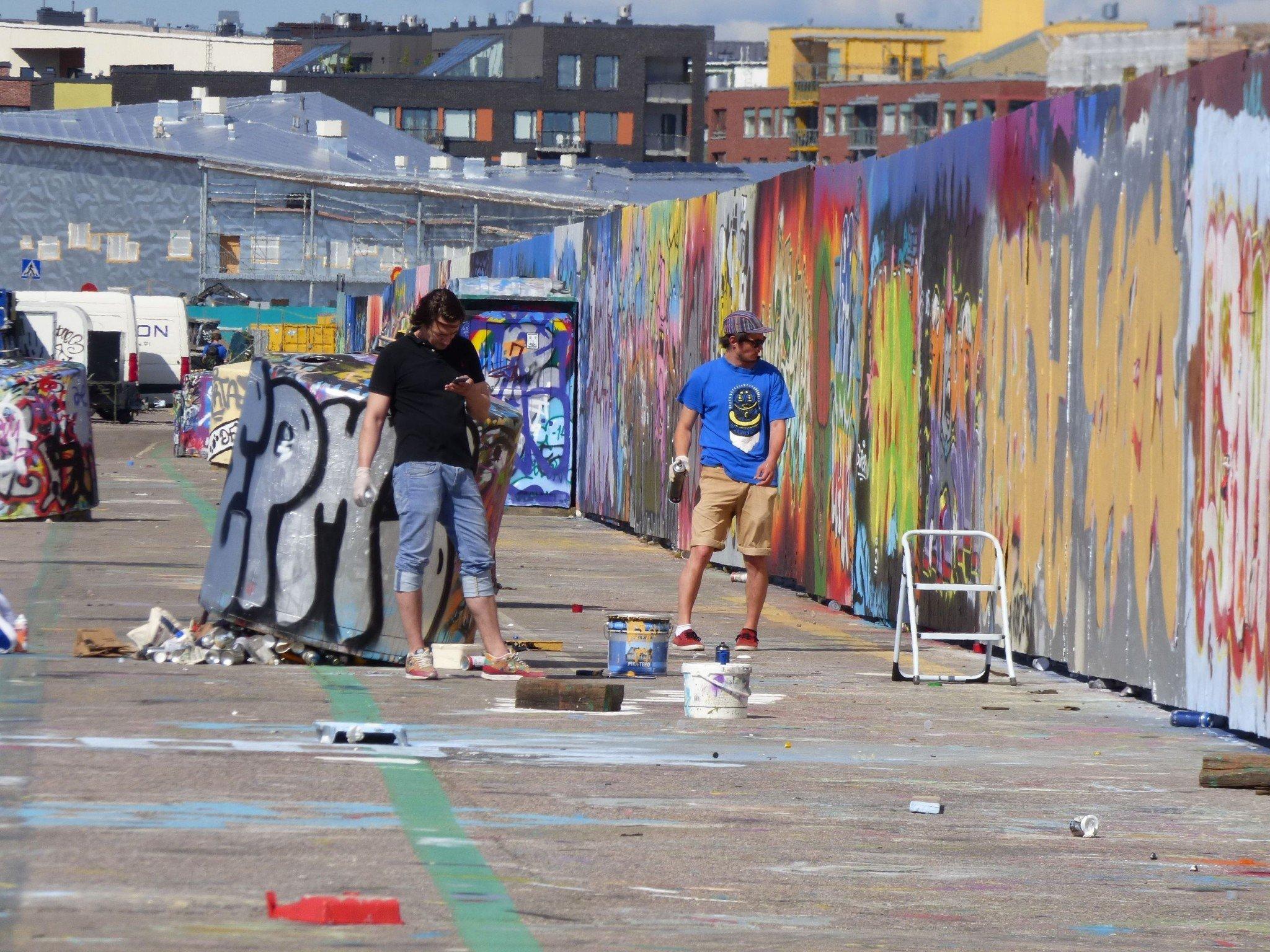 Helsinki Kalasatama graffitti