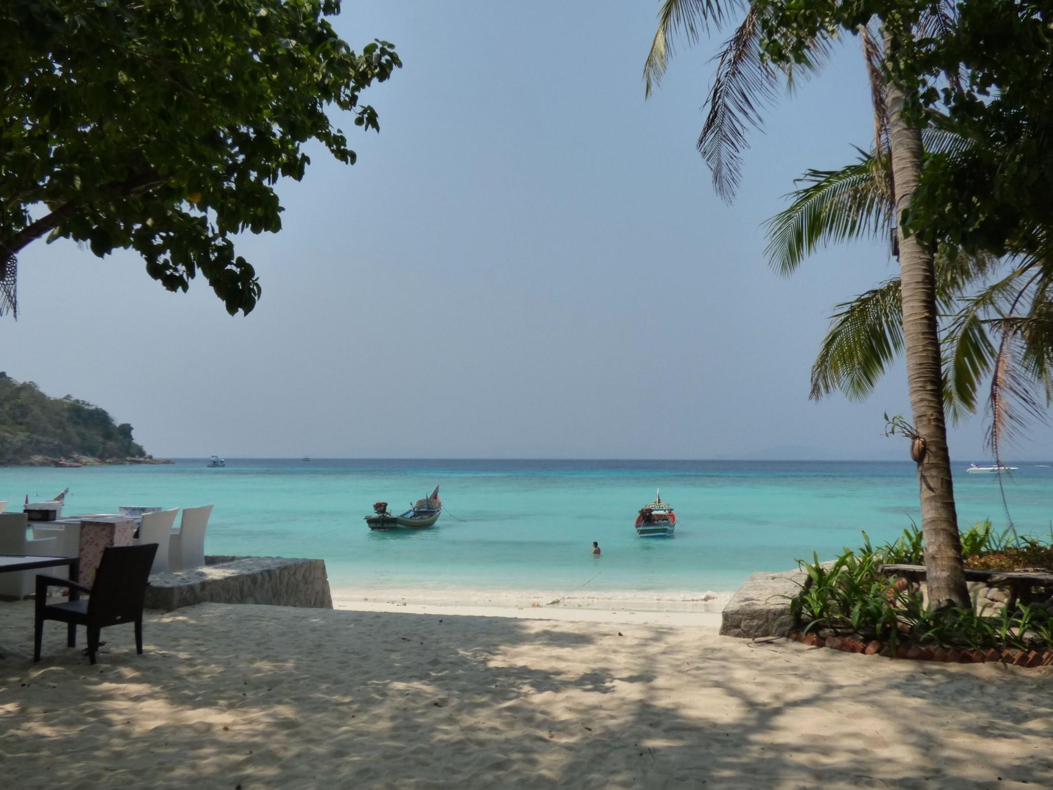 beachlife raya yai