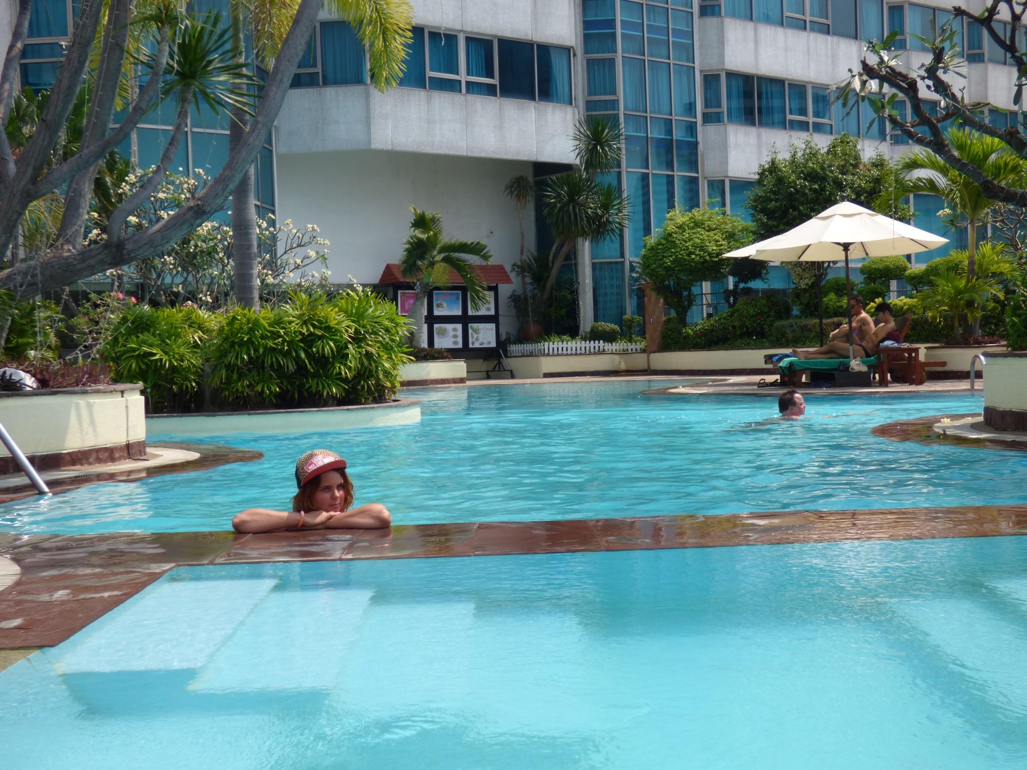 Swimming Pool Windsor Suites