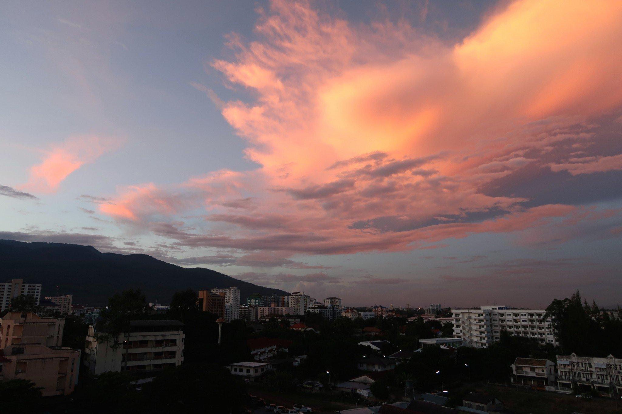 Chiang Mai auringonlasku