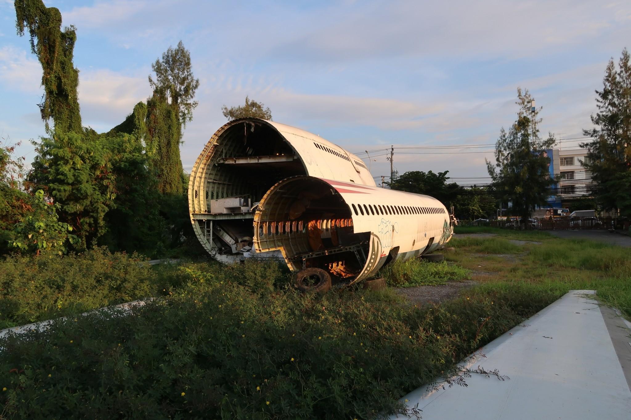 Lentokoneiden hautausmaa Bangkok