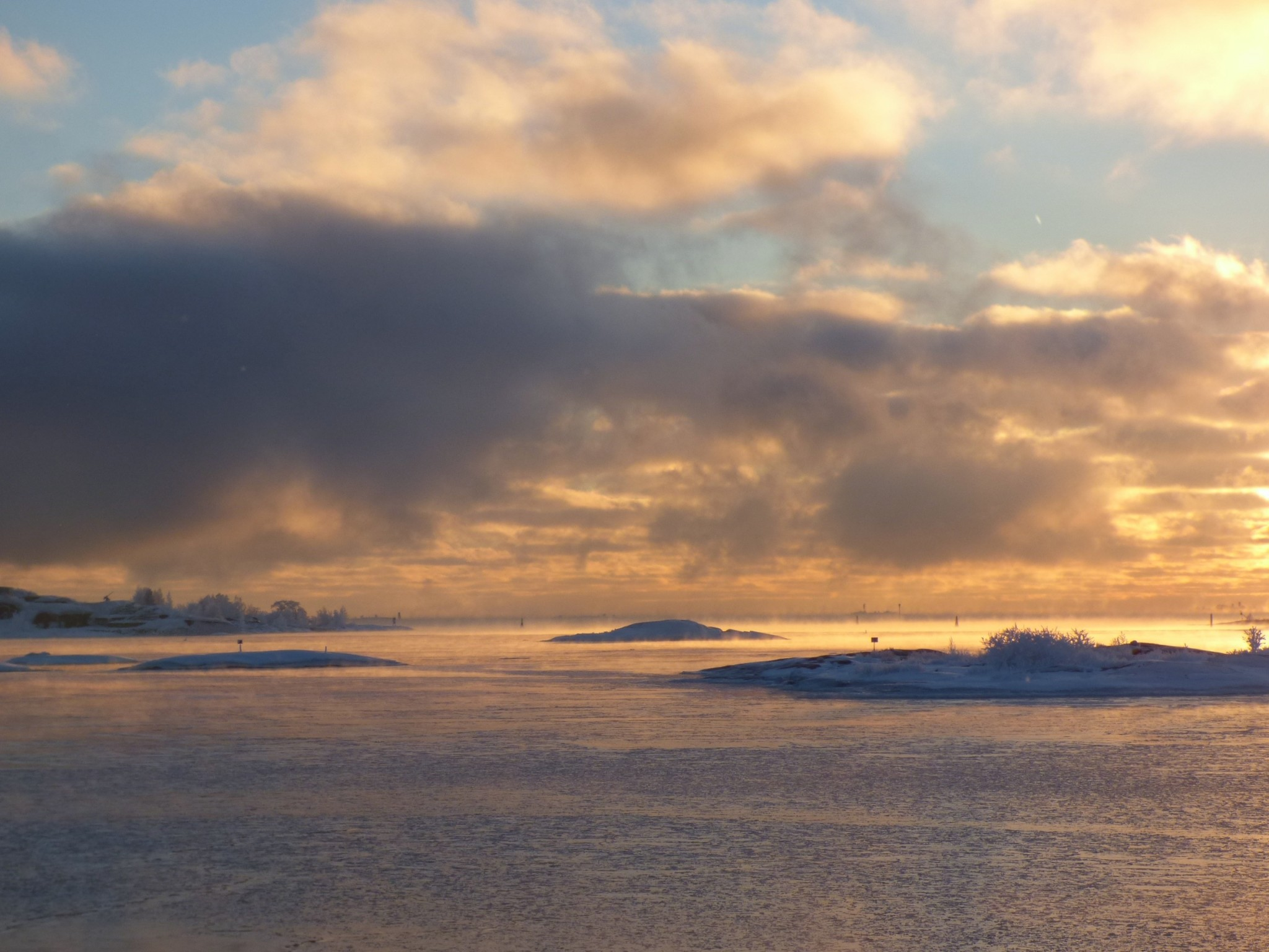Suomenlinna auringonlasku tammikuu