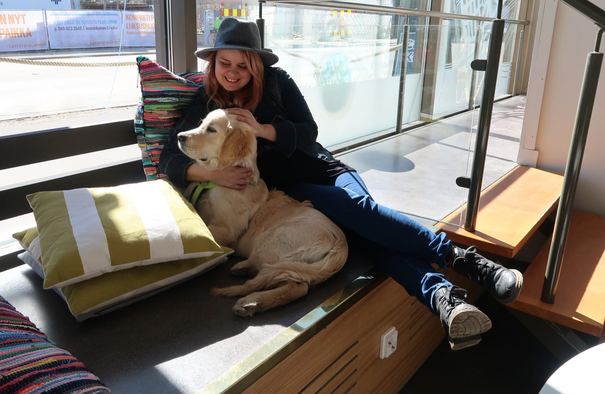 Hostel Cafe Koti koira