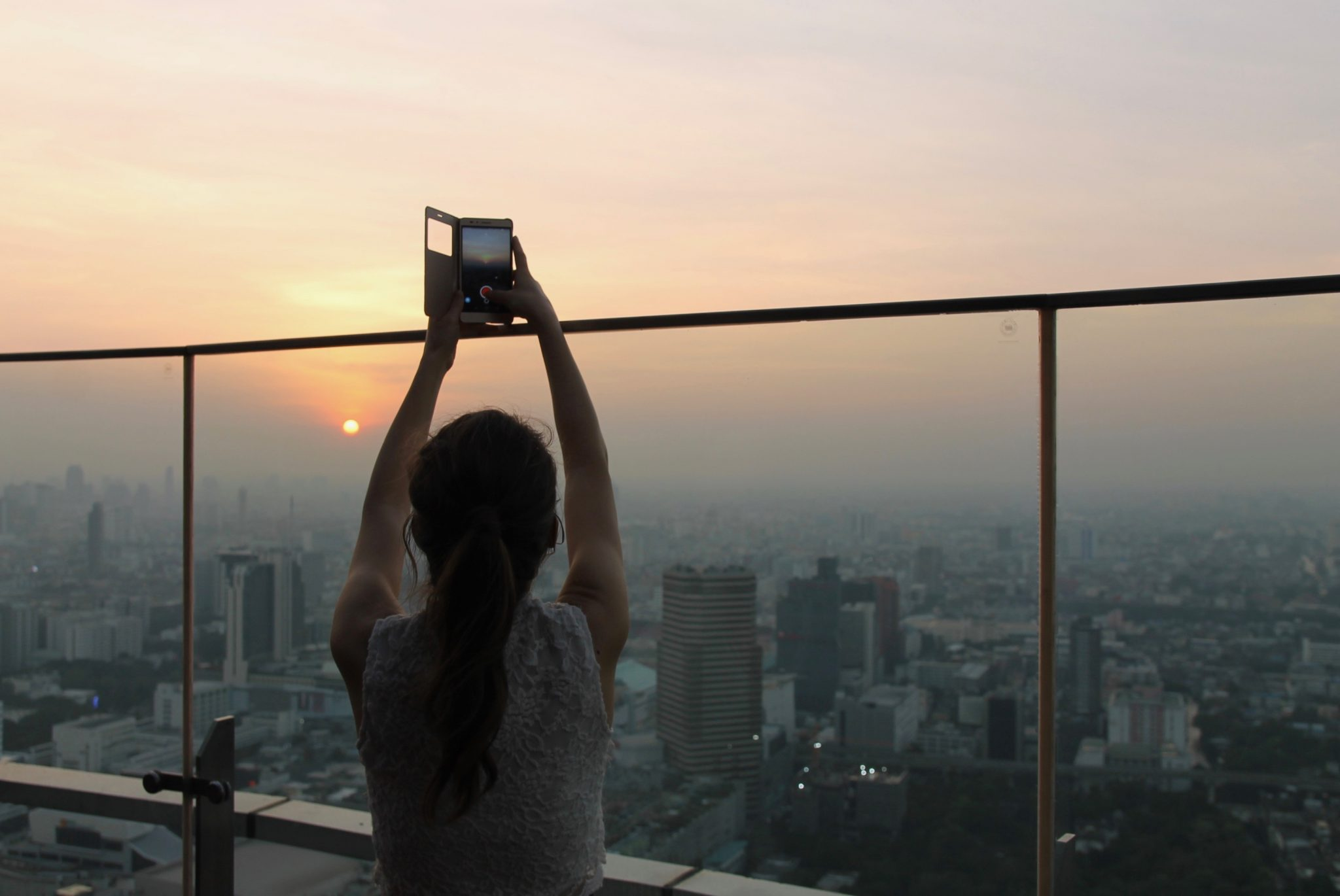 Red Sky kattobaari Bangkok