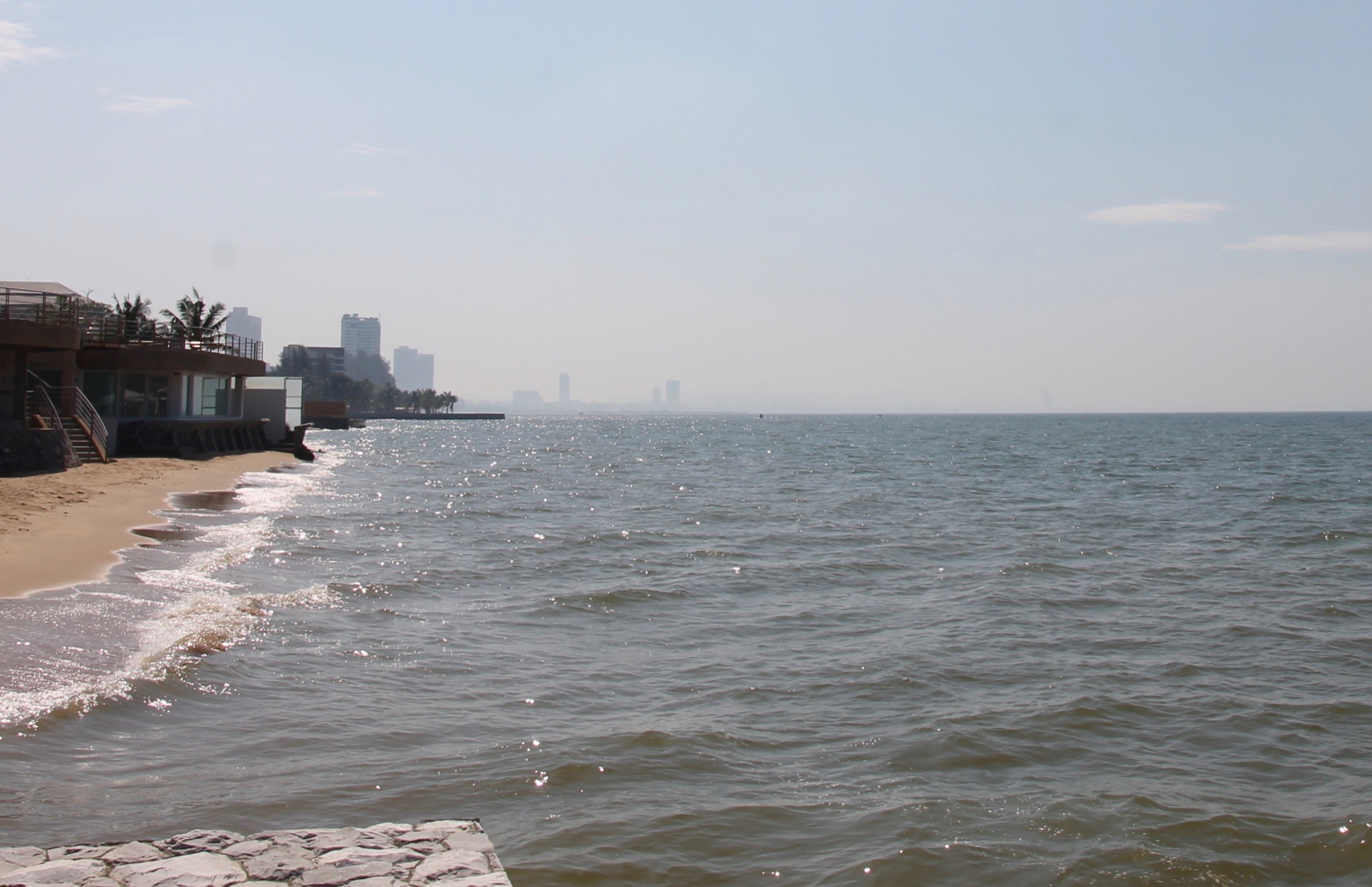 Veranda Pattaya meri