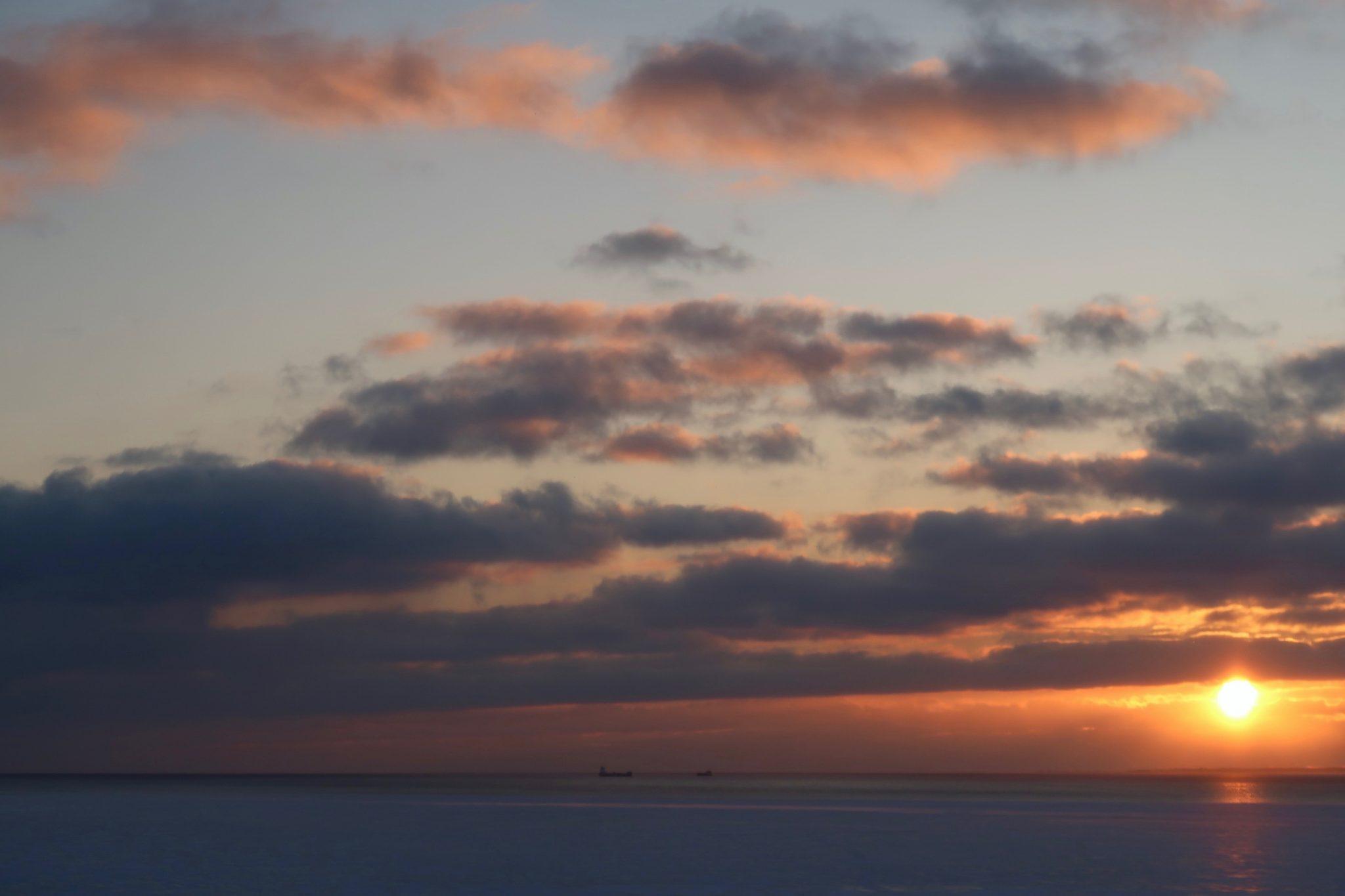 Auringonlasku Pärnu talvella