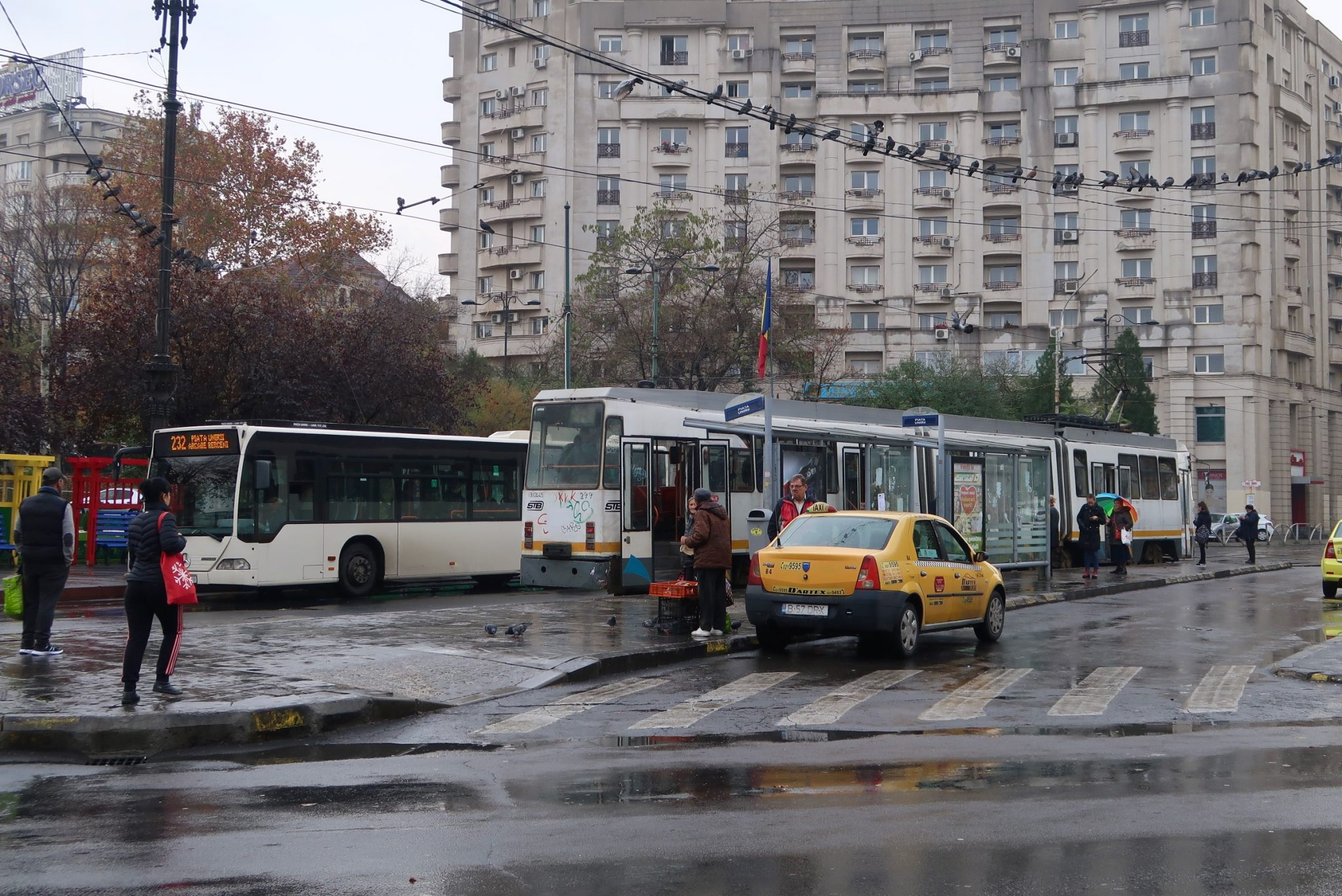 Bukarest julkinen liikenne