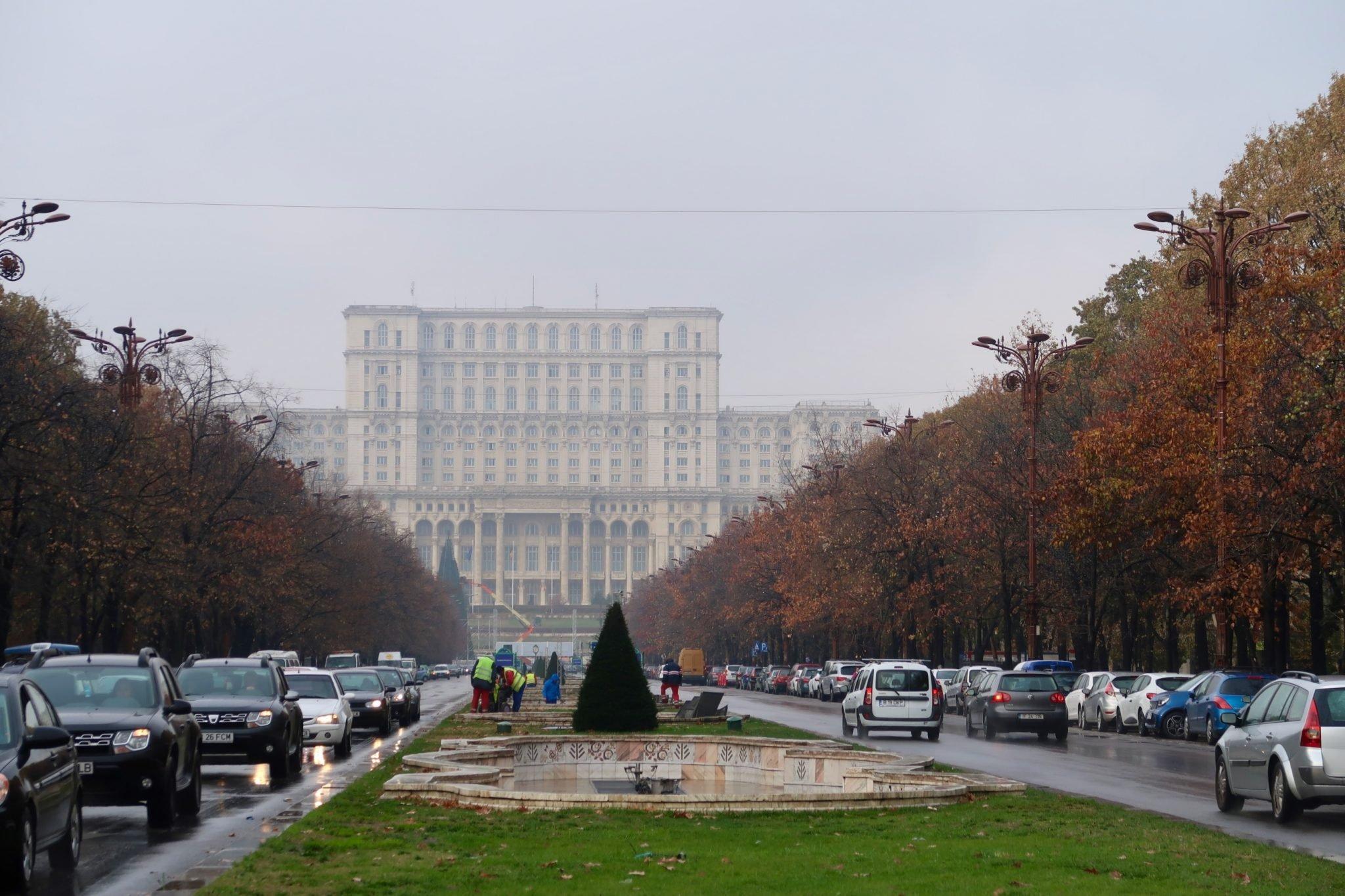 Bukarestin parlamenttitalo