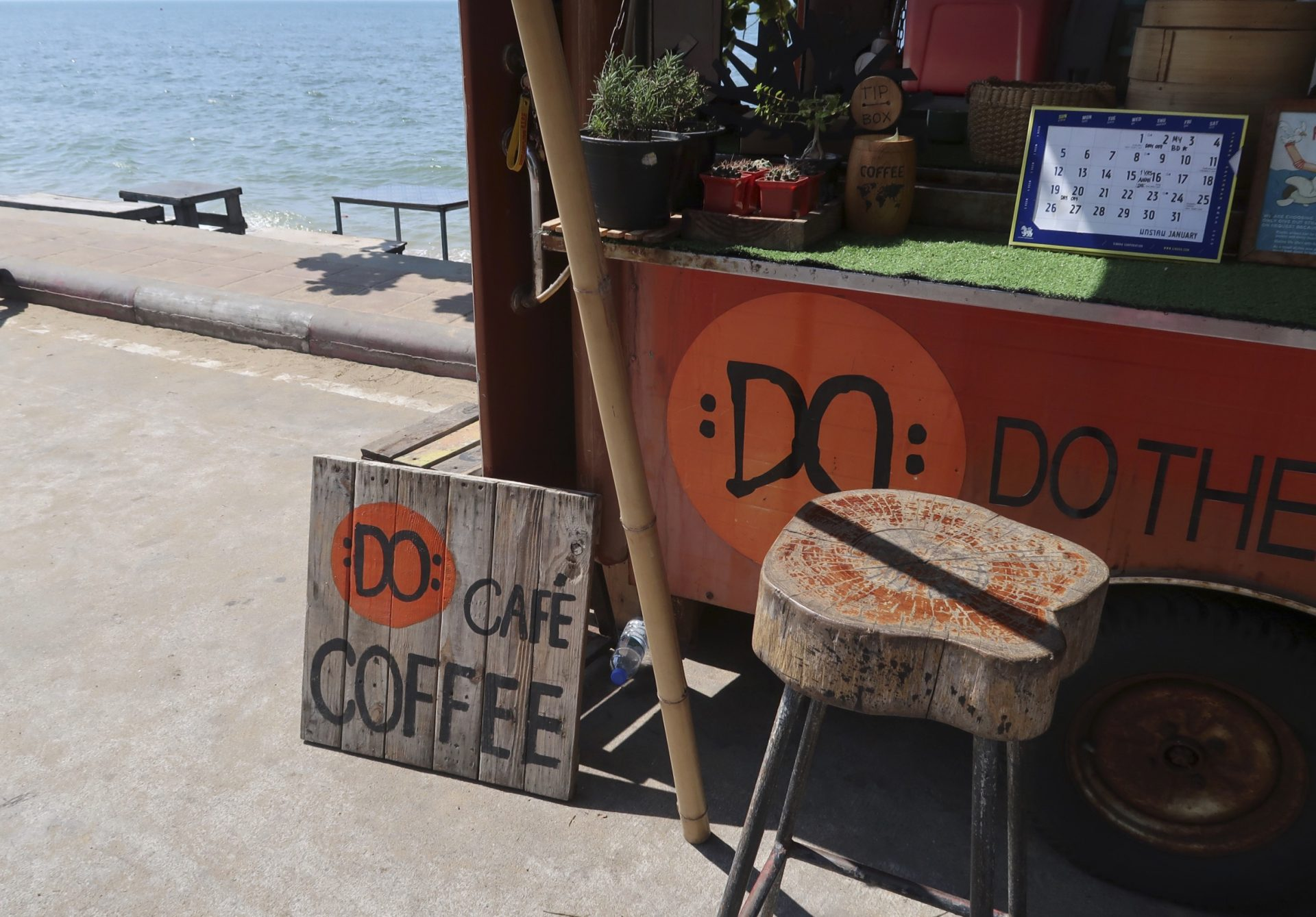 Do Cafe Truck Cafe Pattaya