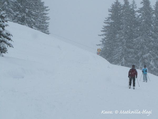 Kohlmaisin lumisateessa sunnuntaina, Saalbach. Kuva: © Matkoilla-blogi